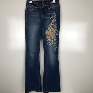 Cache embroidered bootcut jeans. Size 2